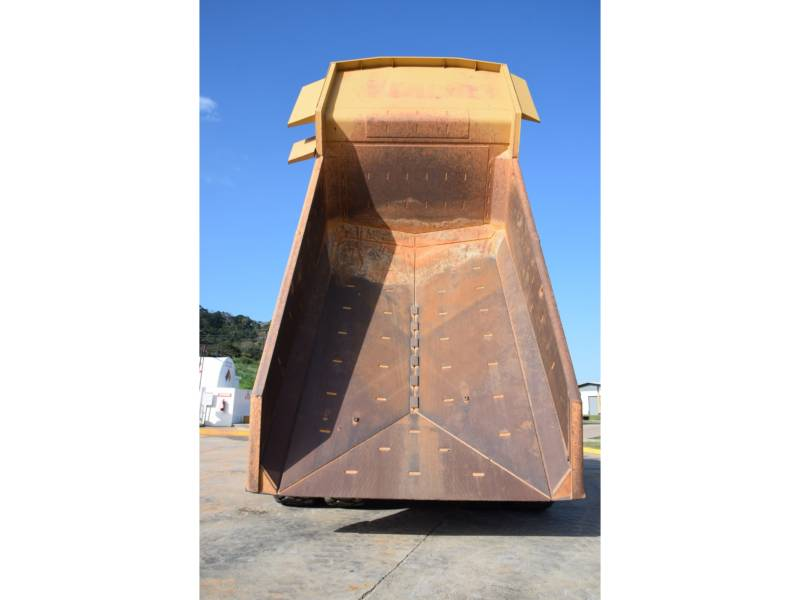 CATERPILLAR 鉱業用ダンプ・トラック 773 G equipment  photo 17