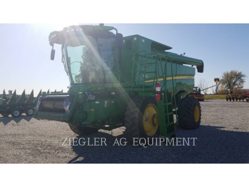 DEERE & CO. コンバイン S660 equipment  photo 1