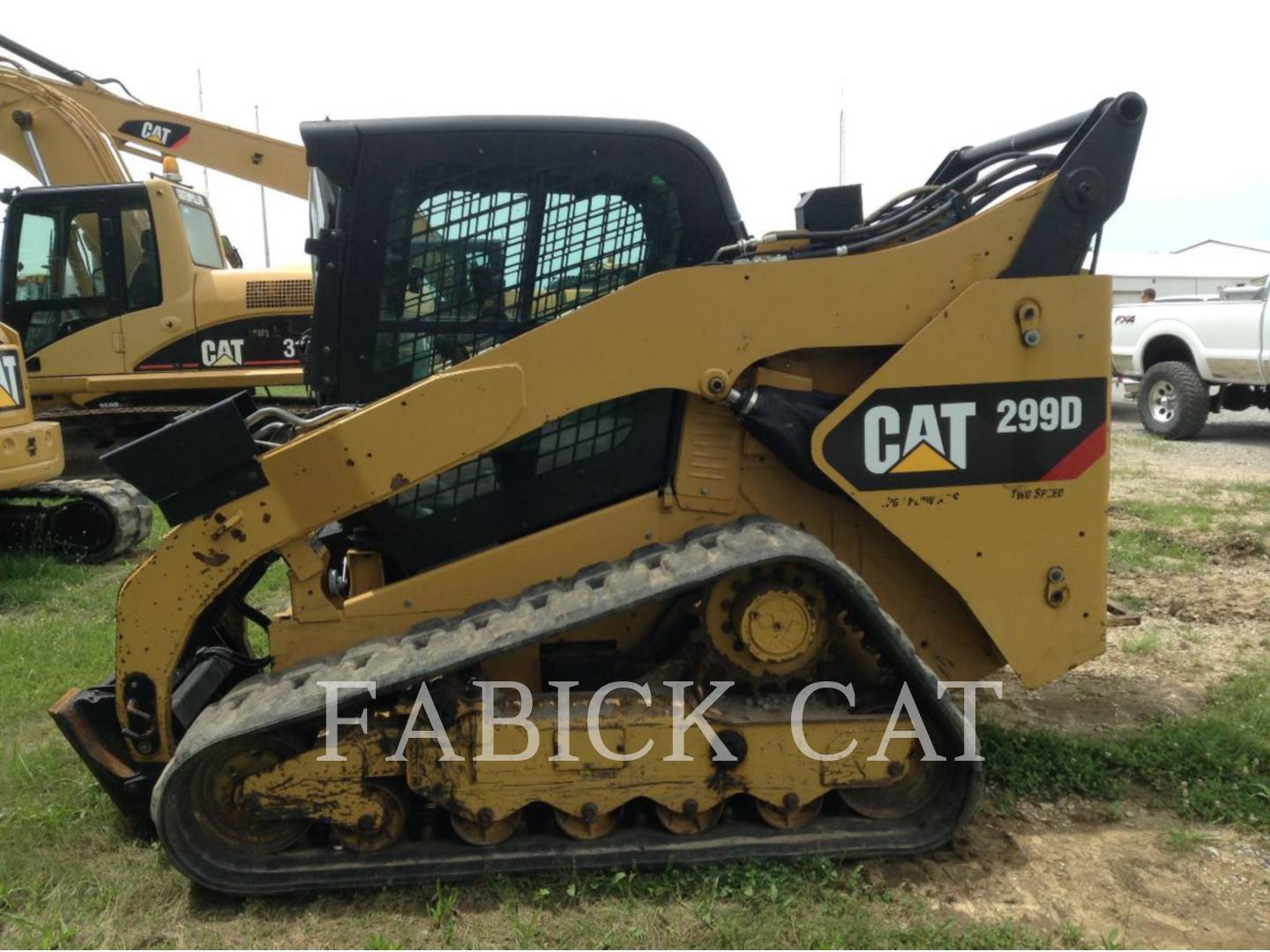 Detail photo of 2013 Caterpillar 299D from Construction Equipment Guide