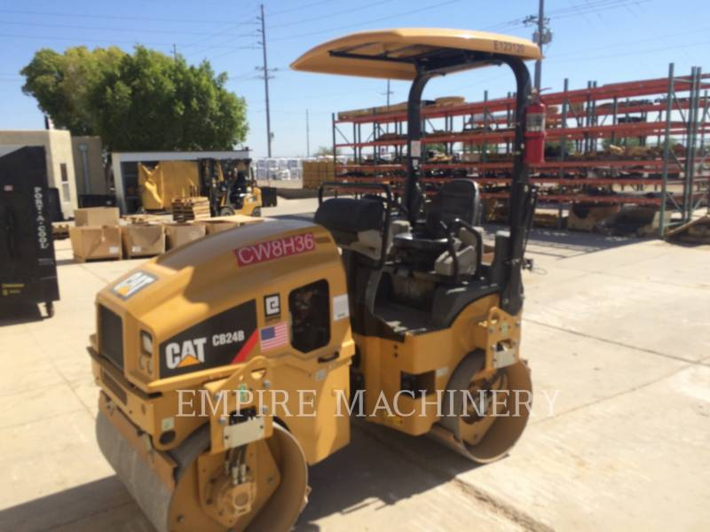CATERPILLAR TANDEMVIBRATIONSWALZE, ASPHALT CB24B equipment  photo 4