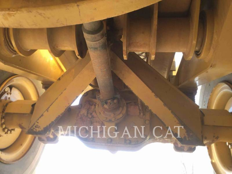 CATERPILLAR CAMIONES ARTICULADOS 730 T equipment  photo 22