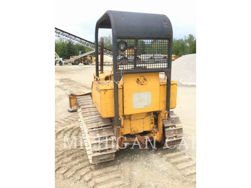 JOHN DEERE KETTENDOZER 350B equipment  photo 17