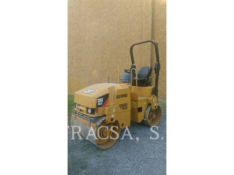 CATERPILLAR ROLO COMPACTADOR DE ASFALTO DUPLO TANDEM CB24 equipment  photo 4
