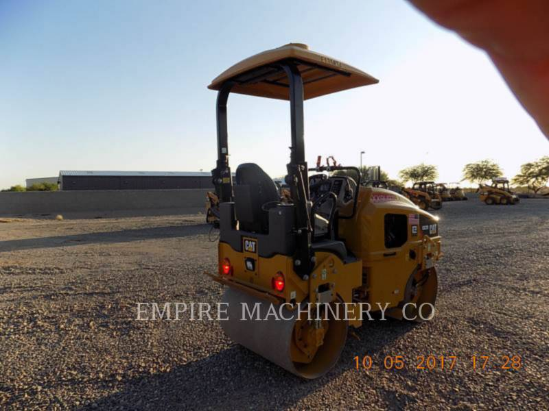 CATERPILLAR VIBRATORY DOUBLE DRUM ASPHALT CB22B equipment  photo 2