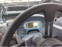 NEW HOLLAND LTD. TRATORES AGRÍCOLAS TV6070 equipment  photo 10