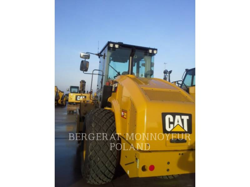 CATERPILLAR WT - 振動ドラム・コンパクタ CS64B equipment  photo 8