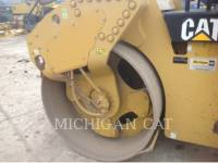 CATERPILLAR VIBRATORY DOUBLE DRUM ASPHALT CB64 equipment  photo 16