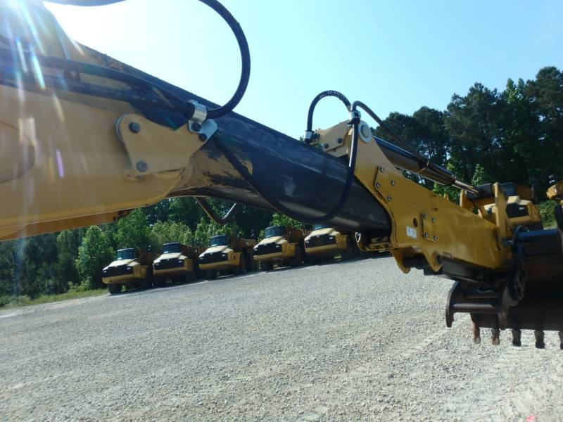 CATERPILLAR RETROEXCAVADORAS CARGADORAS 420FST equipment  photo 16
