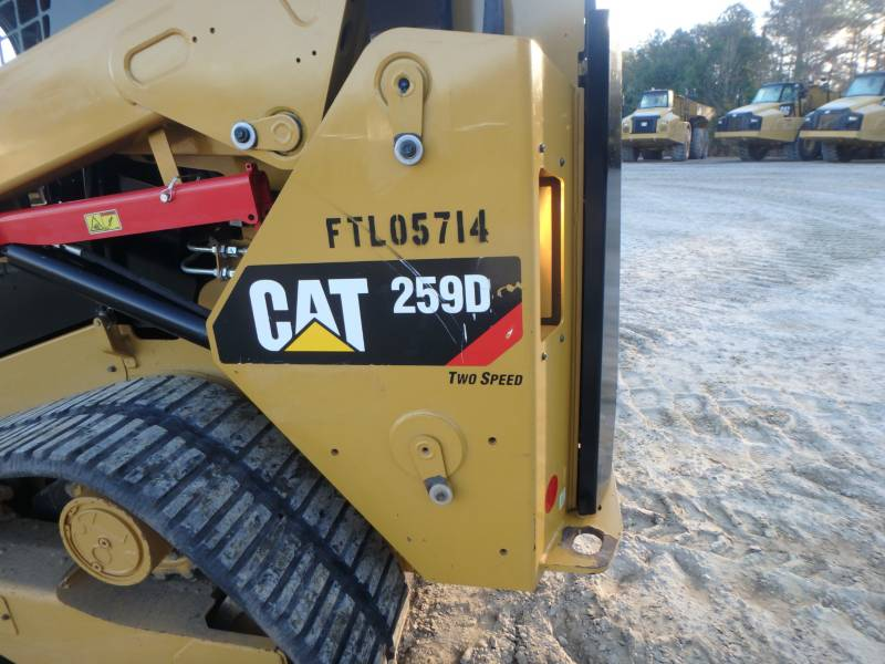 CATERPILLAR CHARGEURS TOUT TERRAIN 259D equipment  photo 22