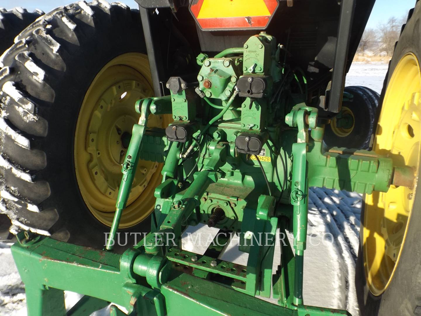 Detail photo of 1983 John Deere 4650 from Construction Equipment Guide