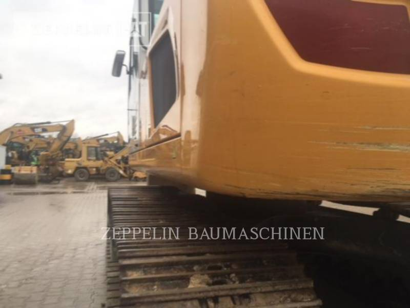 LIEBHERR TRACK EXCAVATORS R926LI equipment  photo 14