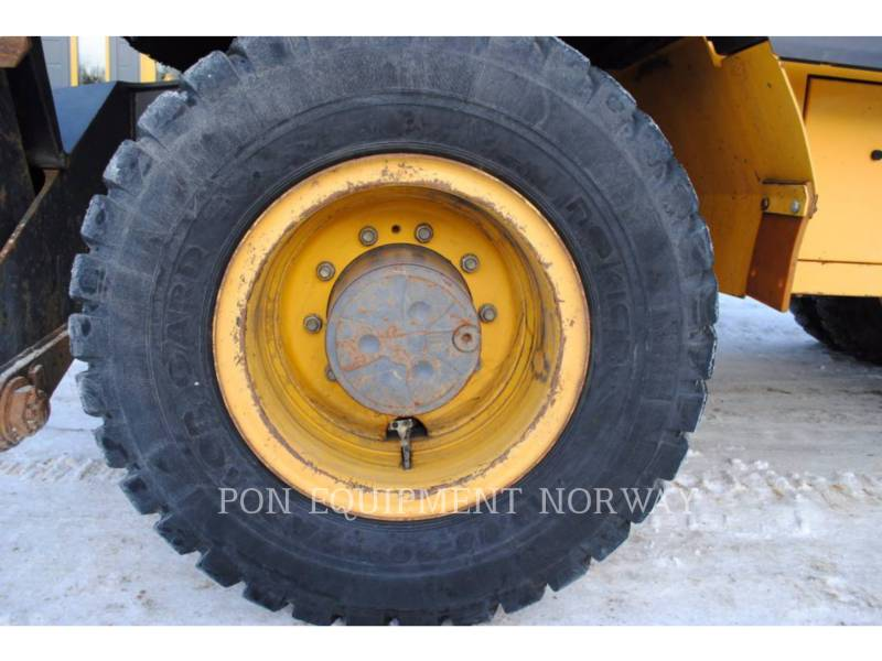 VOLVO PELLES SUR CHAINES EW140C equipment  photo 4