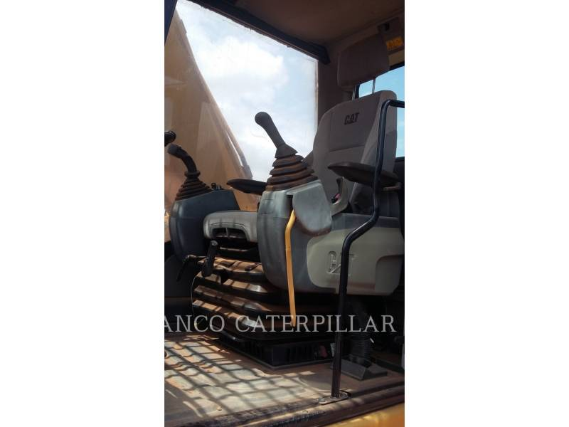 CATERPILLAR KETTEN-HYDRAULIKBAGGER 320D2 equipment  photo 12