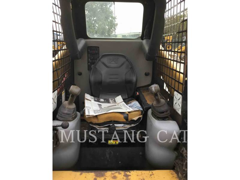 CATERPILLAR CHARGEURS COMPACTS RIGIDES 236B3 equipment  photo 6