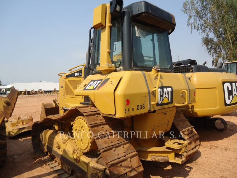 CATERPILLAR TRACTOREN OP RUPSBANDEN D6NXL equipment  photo 4