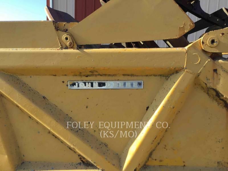 JOHN DEERE WHEEL TRACTOR SCRAPERS 760A equipment  photo 23