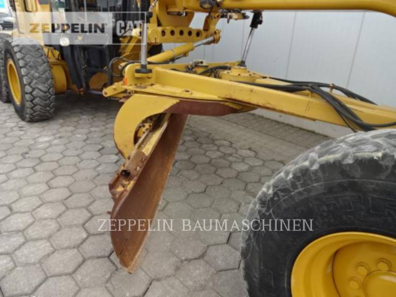 CATERPILLAR NIVELEUSES 140M equipment  photo 9