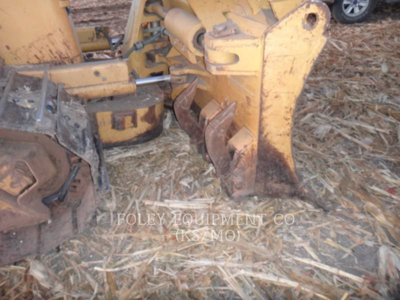 CATERPILLAR TRACTORES DE CADENAS D6NXL equipment  photo 16