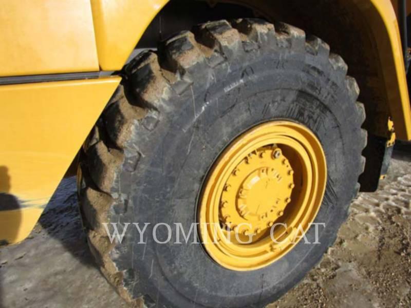 CATERPILLAR KNICKGELENKTE MULDENKIPPER 725C equipment  photo 6
