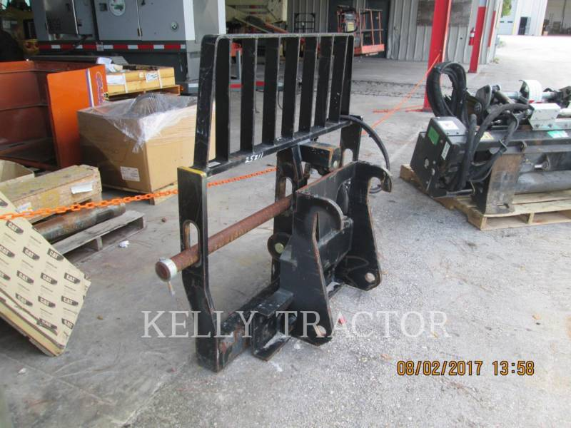 CATERPILLAR WT – WIDŁY FRAME & TINE FOR TELEHANDLER equipment  photo 2