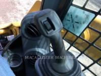 CATERPILLAR KOMPAKTLADER 242D equipment  photo 14
