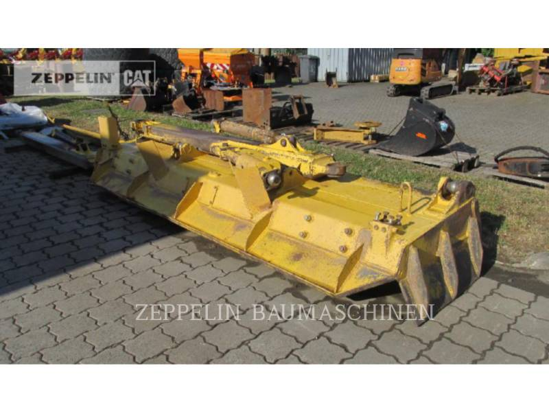 KOMATSU LTD. TRACK TYPE TRACTORS D65PX-17 equipment  photo 18