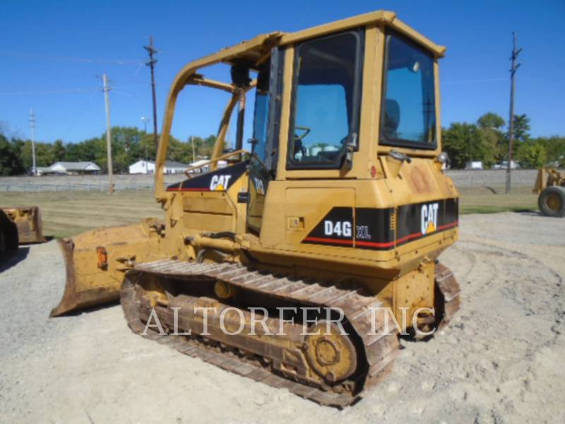 CATERPILLAR TRACTEURS SUR CHAINES D4G XL equipment  photo 2