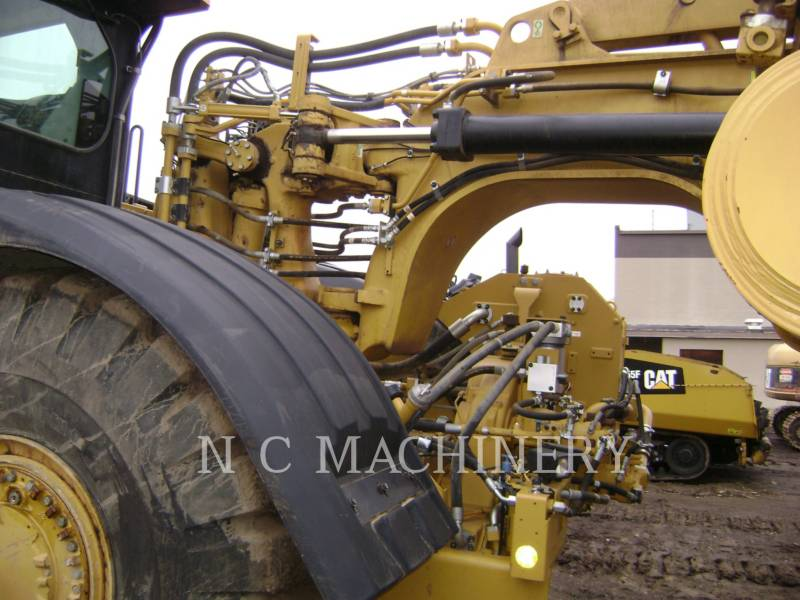 CATERPILLAR WHEEL TRACTOR SCRAPERS 627H equipment  photo 14