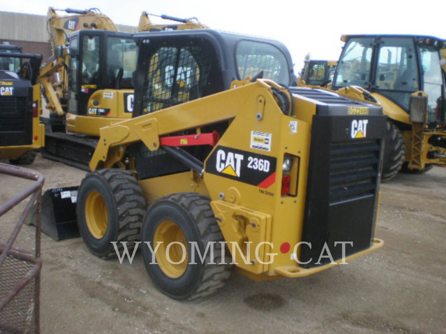 Detail photo of 2016 Caterpillar 236D from Construction Equipment Guide