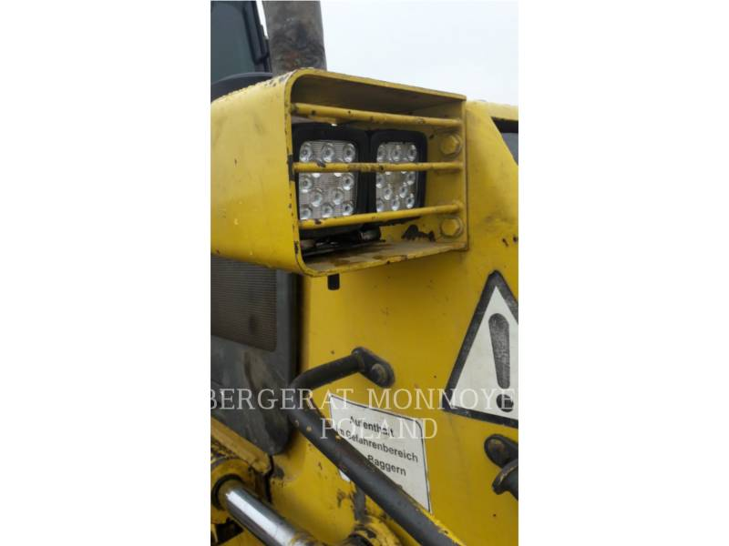 KOMATSU TRACTORES AGRÍCOLAS D61P X15 equipment  photo 17