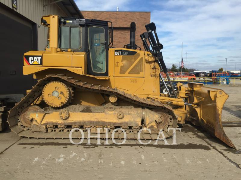 CATERPILLAR TRACTEURS SUR CHAINES D6T LGP VP equipment  photo 2