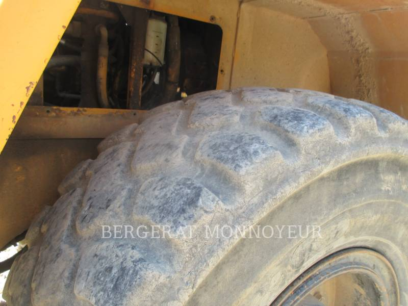 LIEBHERR PALE GOMMATE/PALE GOMMATE MULTIUSO L521 equipment  photo 8