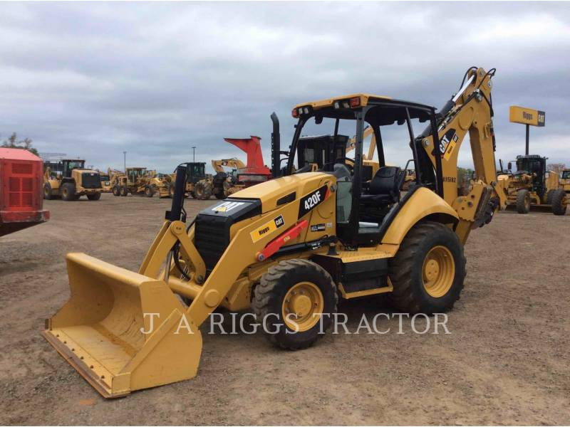 CATERPILLAR CHARGEUSES-PELLETEUSES 420F 4H equipment  photo 1