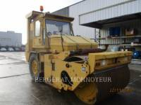 CATERPILLAR COMBINATION ROLLERS CB-525 equipment  photo 6