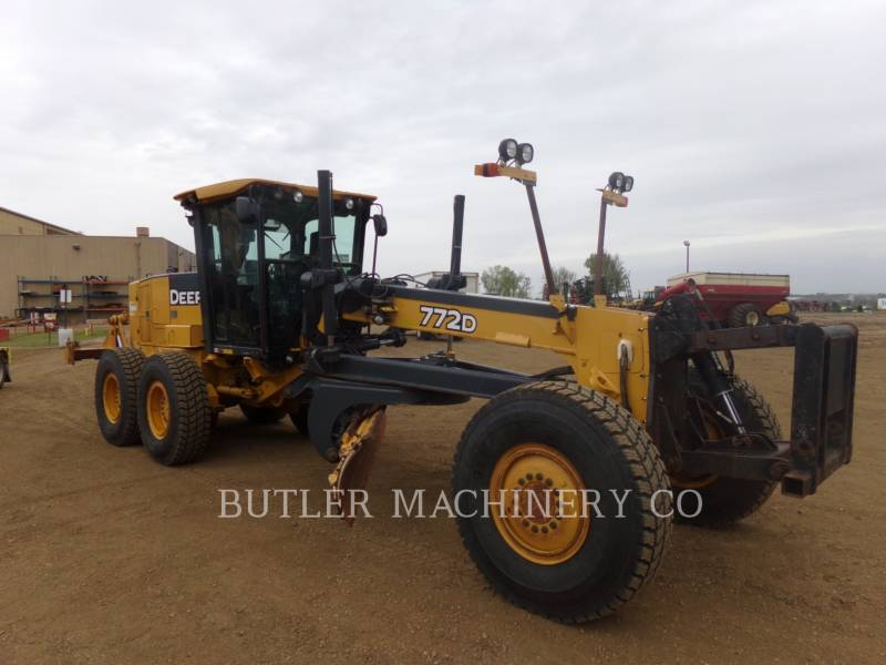 DEERE & CO. MOTOR GRADERS 772D equipment  photo 2