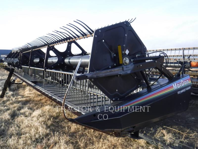MACDON  COMBINE HEADER 972 equipment  photo 3