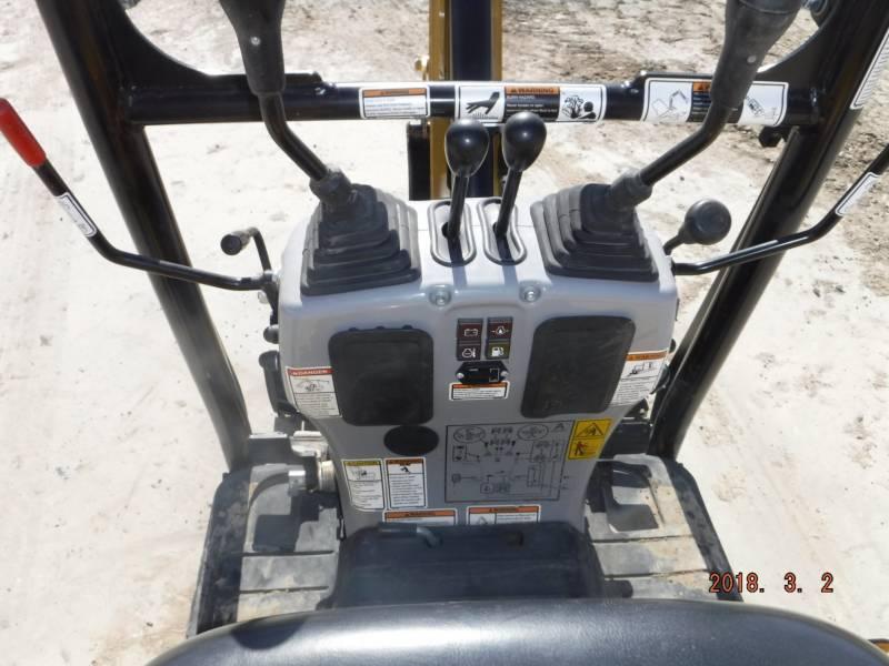CATERPILLAR トラック油圧ショベル 300.9D equipment  photo 15