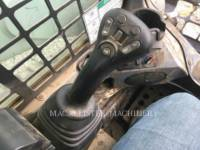 BOBCAT CARGADORES DE CADENAS T740 equipment  photo 12