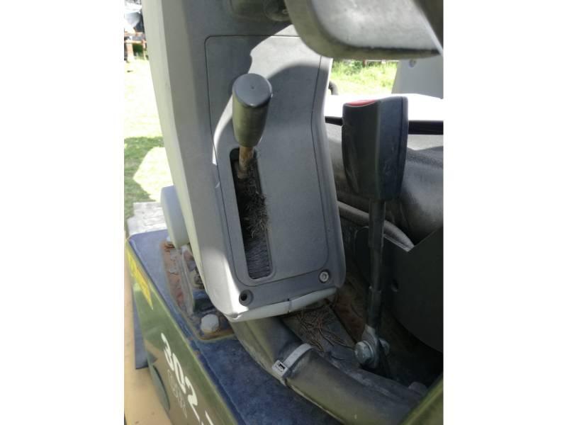 CATERPILLAR トラック油圧ショベル 302.7DCR equipment  photo 16