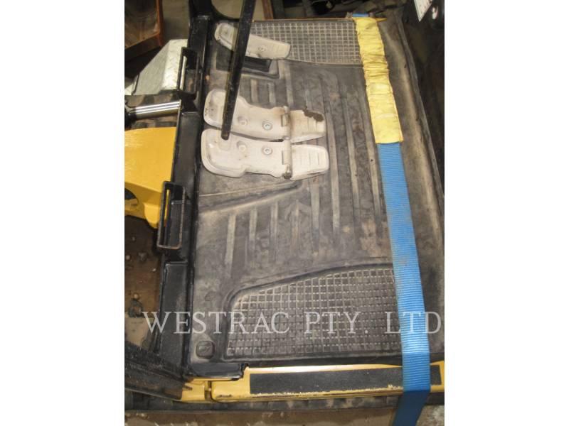 CATERPILLAR TRACK EXCAVATORS 301.7D equipment  photo 11