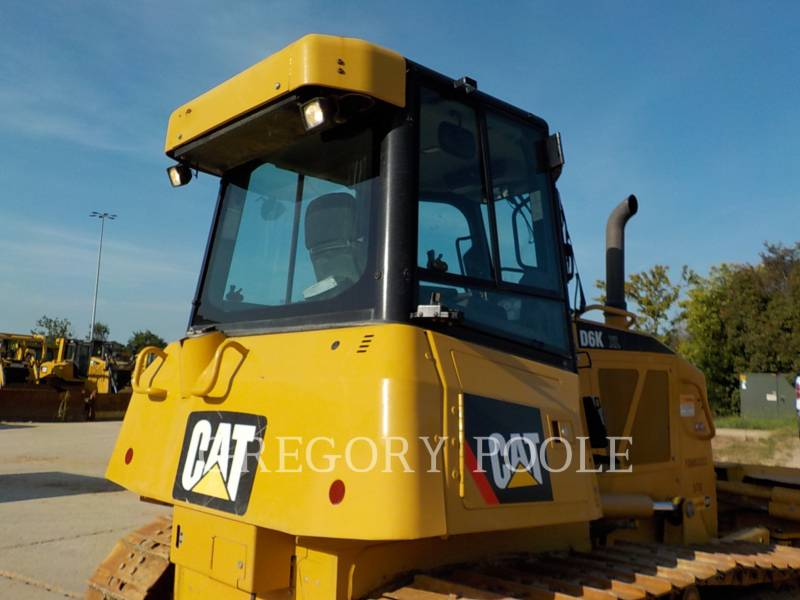 CATERPILLAR TRACK TYPE TRACTORS D6K XL equipment  photo 12