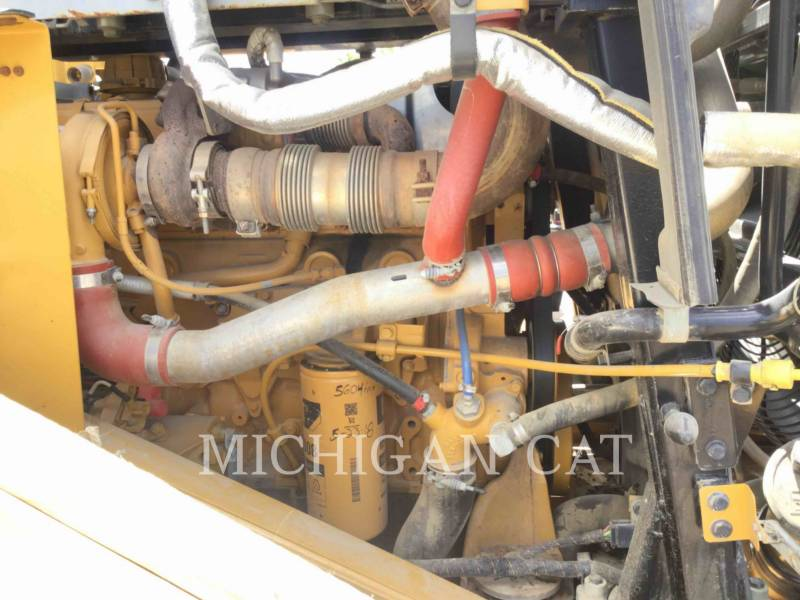 CATERPILLAR PALE GOMMATE/PALE GOMMATE MULTIUSO 966M equipment  photo 10
