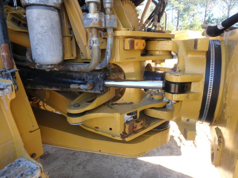 CATERPILLAR DUMPER ARTICOLATI 745C equipment  photo 24