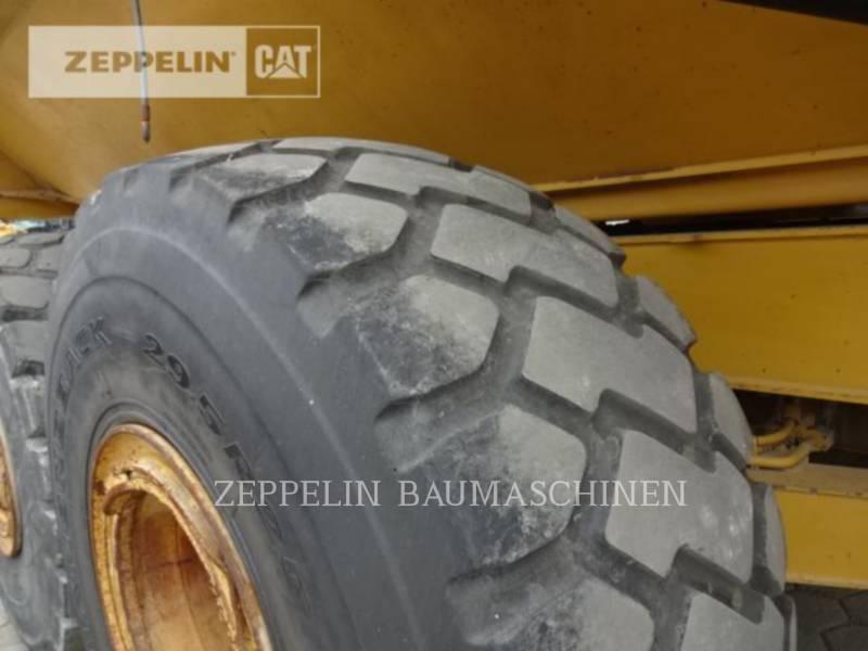 CATERPILLAR KNICKGELENKTE MULDENKIPPER 745C equipment  photo 14