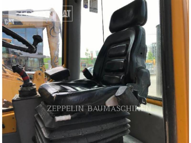 VOLVO CONSTRUCTION EQUIPMENT WHEEL LOADERS/INTEGRATED TOOLCARRIERS 502 equipment  photo 8