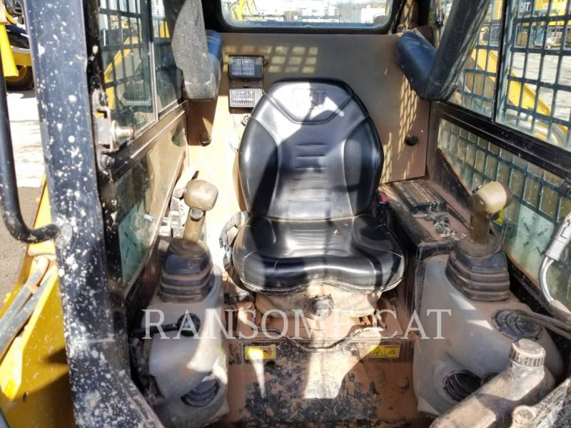 CATERPILLAR SKID STEER LOADERS 259B3 equipment  photo 13
