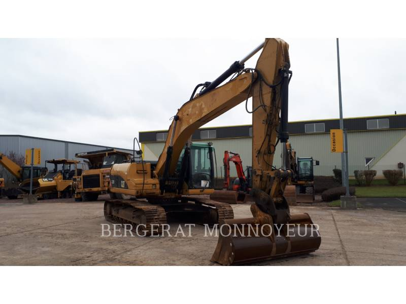 CATERPILLAR TRACK EXCAVATORS 323D equipment  photo 12