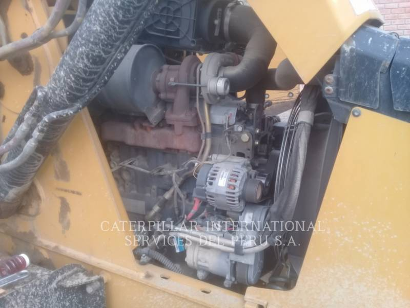 CATERPILLAR CHARGEUSES-PELLETEUSES 420 F equipment  photo 7