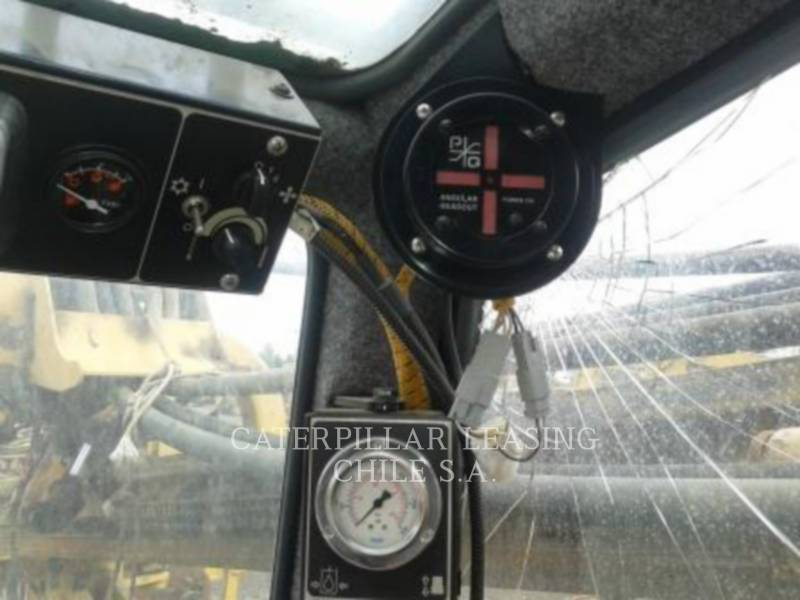 CATERPILLAR HYDRAULIC TRACK DRILLS MD5050T equipment  photo 12