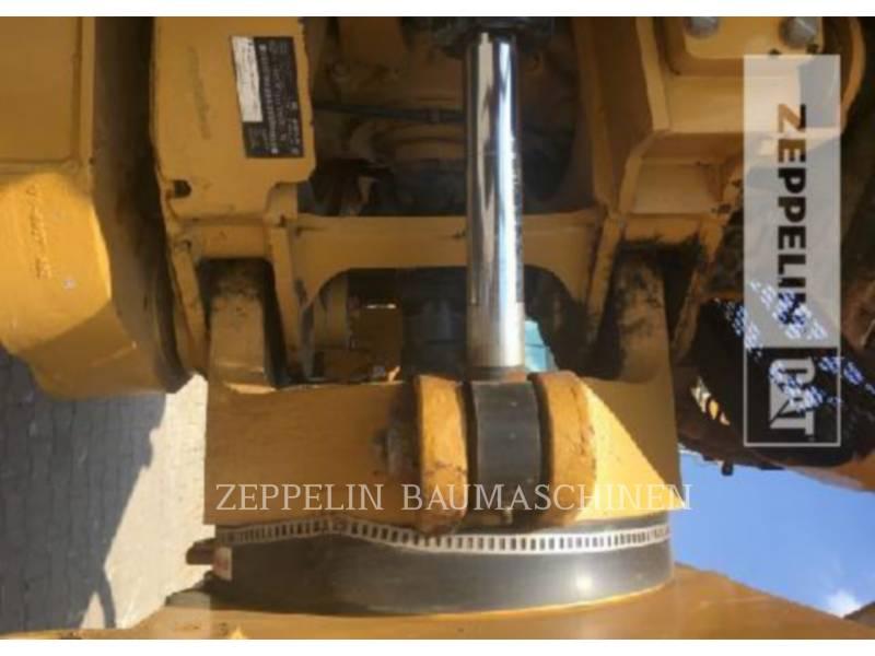 CATERPILLAR MULDENKIPPER 725C equipment  photo 15